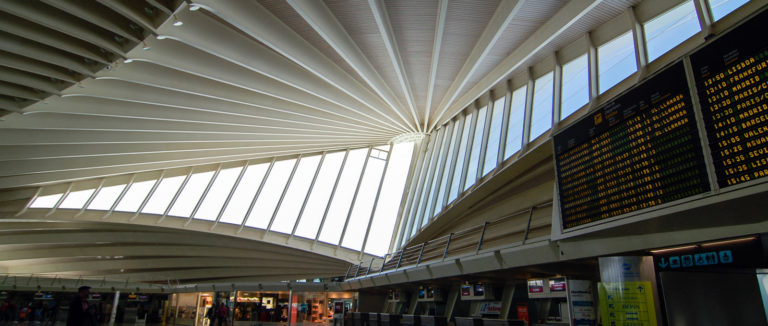 """Bilbao Airport, accredited as """"safe"""" by international aviation authorities and World Health Organisation guidelines"""